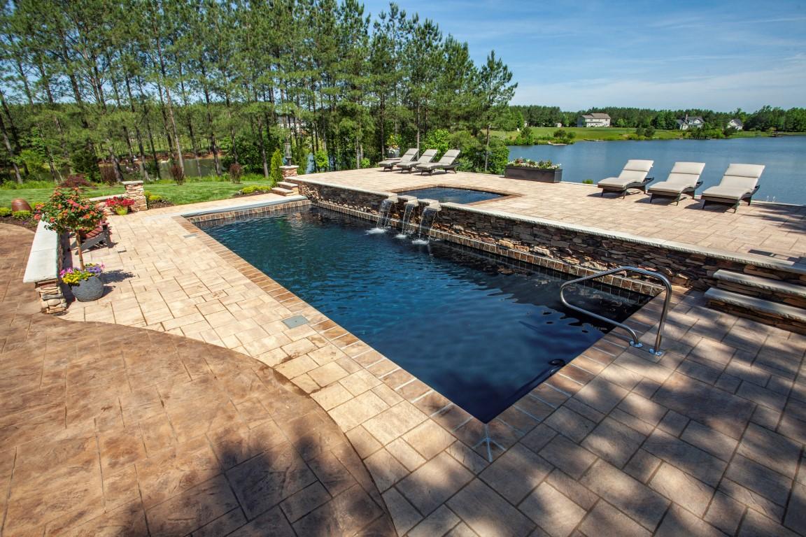 Leisure Pools Pinnacle 40 Ebony Blue with Tanning Ledge 2019 0522 2