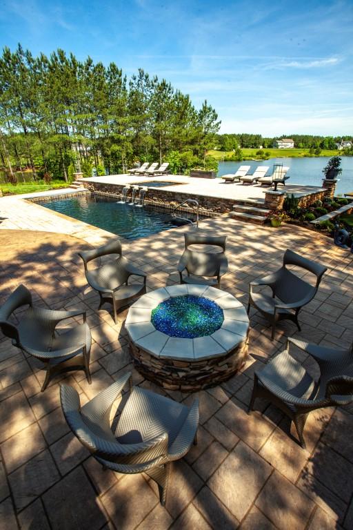 Leisure Pools Pinnacle 40 Ebony Blue with Tanning Ledge 2019 0522 5