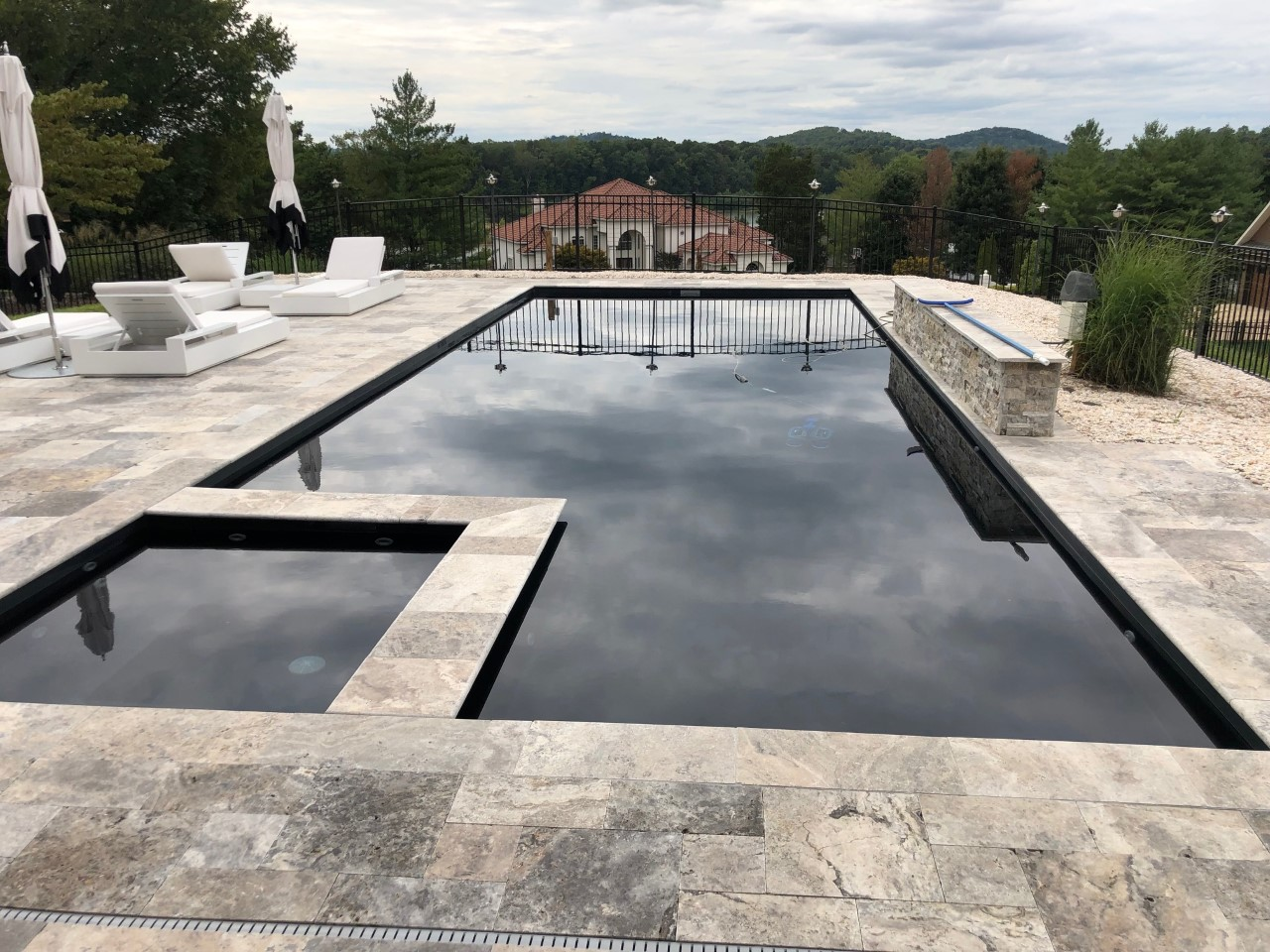 Leisure Pools Ultimate 40 Ebony Blue 2019 0826 1