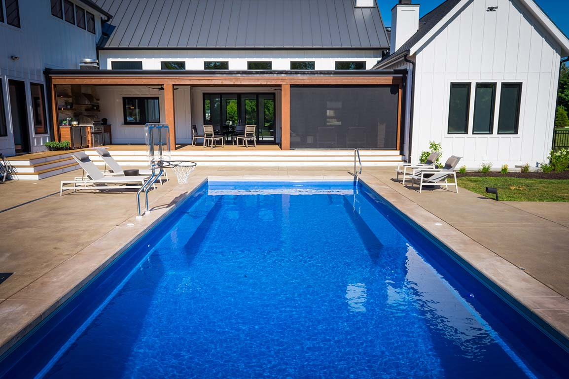 Leisure Pools Infinity 40 Sapphire Blue 2020 0326 4 IN 1